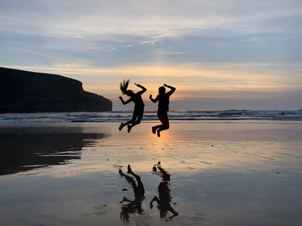 Finding a mastermind partner - jumping on the sand